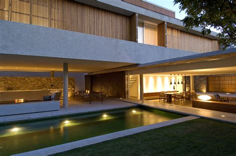 Livingroom Johnston amassing design house 6 marcio kogan