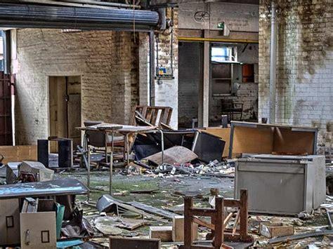 mobili usati mestre smaltimento mobili vecchi mestre ritiro arredo in