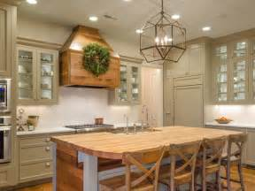 Farmhouse Kitchens Designs Strategies For Going Green Diy
