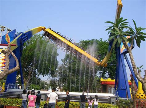 theme park jakarta indonesia top 10 amusement parks in asia