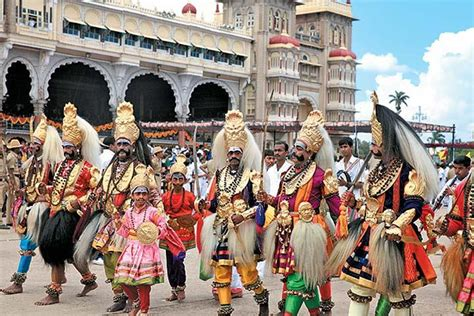 mysore dasara walking  karnataka india   festival packages hotels travelwhistle