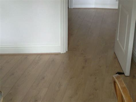 Laminate Wood Flooring Installation Laminate Installation In A Flat In Bridge