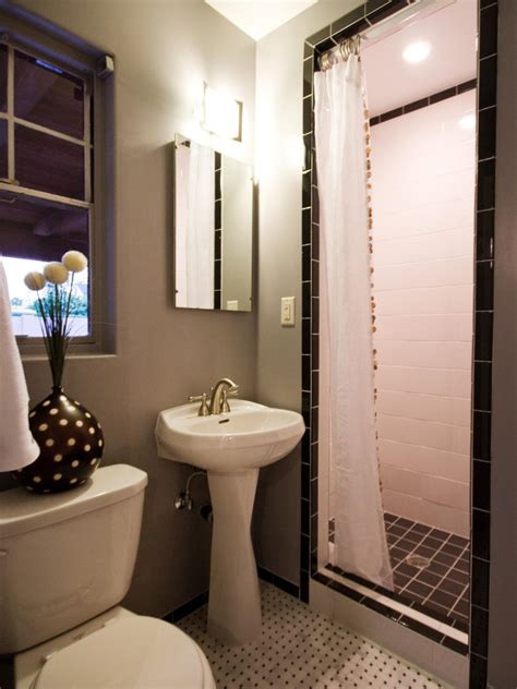 12 designer bathrooms for less hgtv