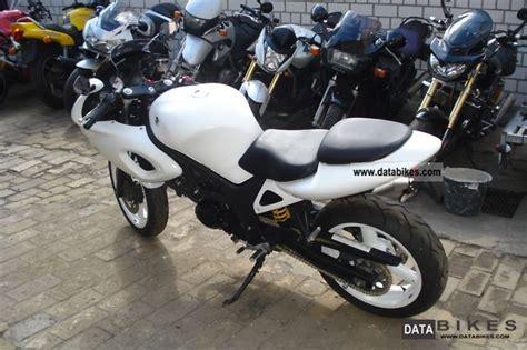 2002 Suzuki Motorcycles 2002 Suzuki Sv