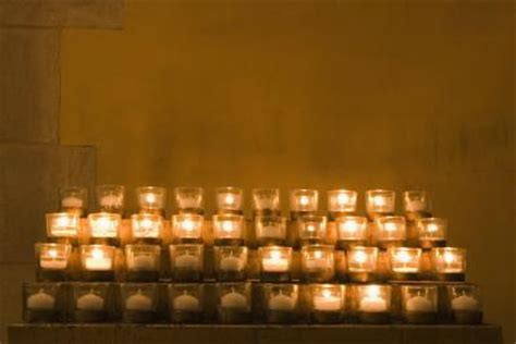 vigil lights catholic church why do catholics light candles in church our everyday