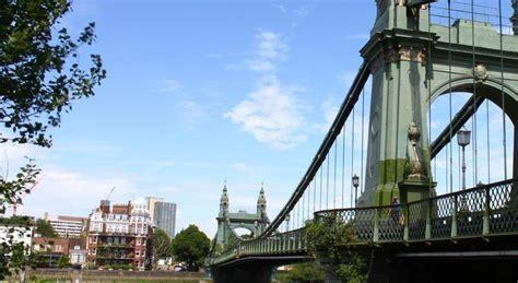 premier inn putney bridge premier inn putney bridge compare deals