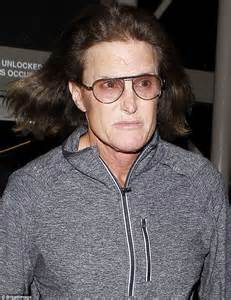 bruce jenner says hes transitioning to a woman the new bruce jenner transitioning into a woman because he wants