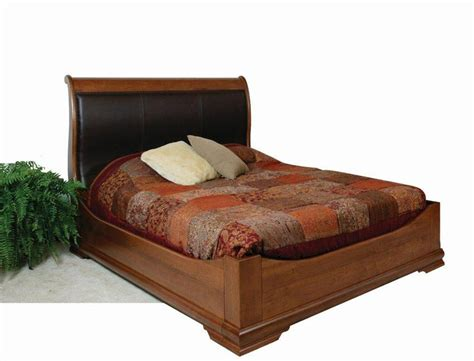 Leather Headboard Sleigh Bed by Amish Williamsburg Sleigh Bed With Curved Leather Headboard