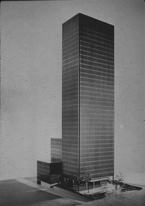 ludwig mies van der rohe the seagram building new york mies van der rohe seagram building chicago 1958