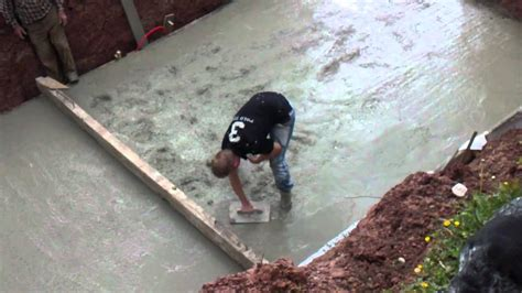 Wie Lange Muss Bodenplatte Trocknen by Bodenplatte Rundpool Gie 223 En Schwimmbad Und Saunen