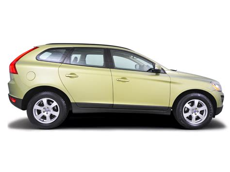 volvo xc60 handbook owners manual 2009 2013 print 2012 2013 volvo xc60 2008 2013 2 0 fluid level checks haynes publishing