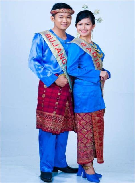 Imej Baju Melayu Teluk Belanga 17 best images about wise clothz on traditional kebaya and lace