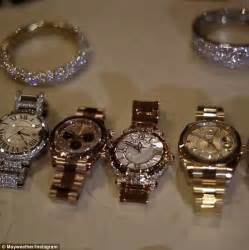 floyd mayweather uploads snaps of his cars and jewellery