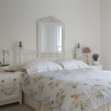 make a small room feel bigger ideal home