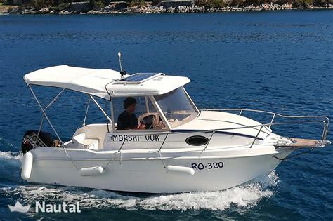 saver 540 cabin fisher noleggiare barca a motore saver 540 cabin fisher a