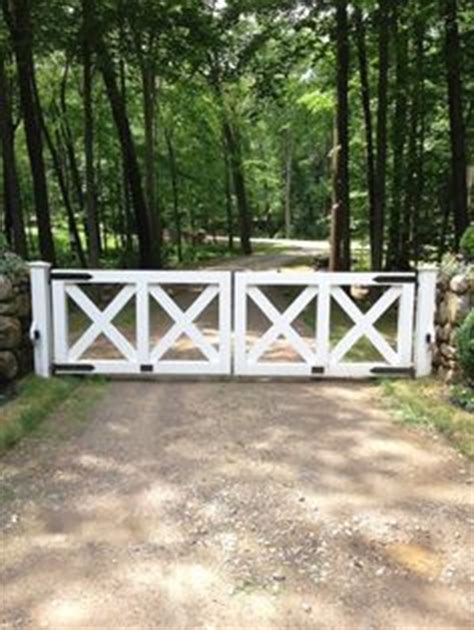 portal rail designs 1000 images about wood fence gate designs on