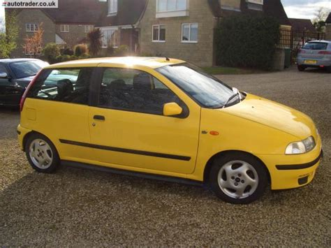 yellow fiat punto punto mk2 2b yellow 1 sporting punto the fiat forum