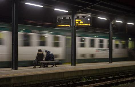 treno bergamo porta garibaldi vita da pendolare trenord 171 scusate non ho pi 249 parole