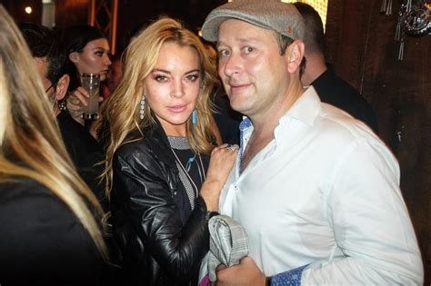 Lindsay Lohan Fancies Herself A Political Uhm Something by We Went To The Opening Of Lindsay Lohan S New Pro Refugee