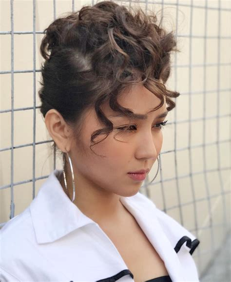 kathryn bernardo hairstyles slay just 30 photos that show kathryn bernardo can nail