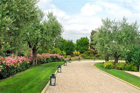 viali giardino awesome viale alberato giardini pubblici