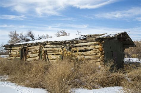 old log barn stock photos image 16113943 old log barn in snow royalty free stock photo image