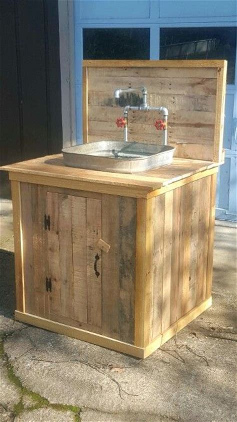 outdoor kitchen sinks ideas 17 best ideas about outdoor sinks on pinterest outdoor