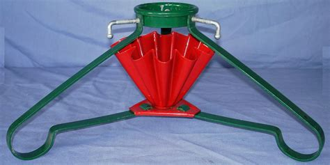 vintage iron fluted red green christmas tree stand s b mfg