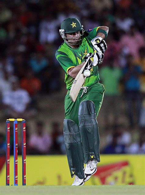 pakistan cricket players biography ahmed shehzad