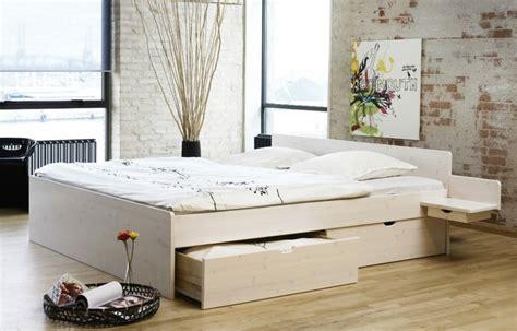 nachttisch zum einh 228 ngen praktische schlafzimmerl 246 sung - Nachttisch Am Bett Einhängen