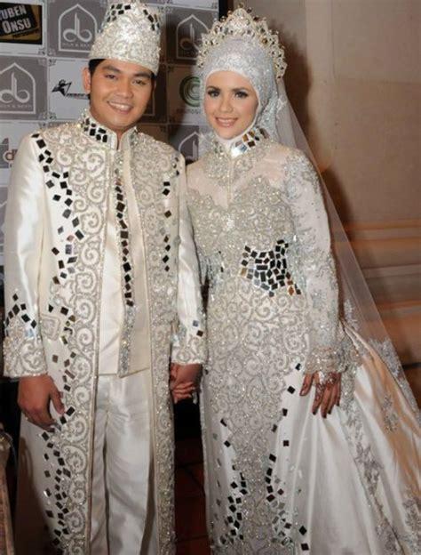 Baju Cowok Nikah contoh baju pengantin pria newhairstylesformen2014