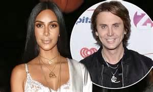 kim kardashian friend celebs go dating kim kardashian furious jonathan cheban will appear on e4