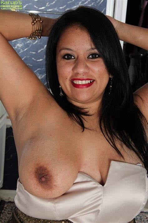 Bbw Latin Milf Lucey Perez Spreading Her Pussy Pichunter Online Porn Video At Mobile