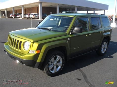 dark green jeep patriot rescue green metallic
