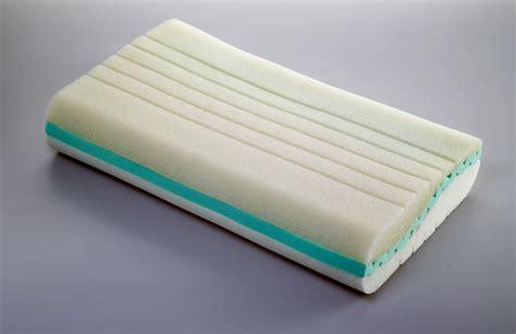 fa bene dormire senza cuscino dormire archivi letto e materassoletto e materasso