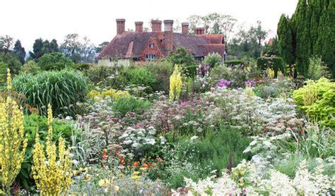Backyard And Garden Garden Great Dixter