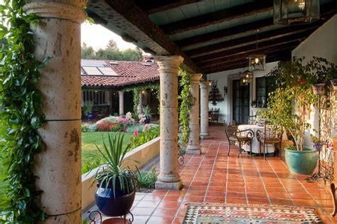 veranda mediterran mexican hacienda