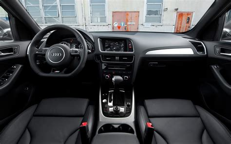 Audi Q5 2011 Interior by 2013 Audi Q5 3 0t Test Photo Gallery Motor Trend