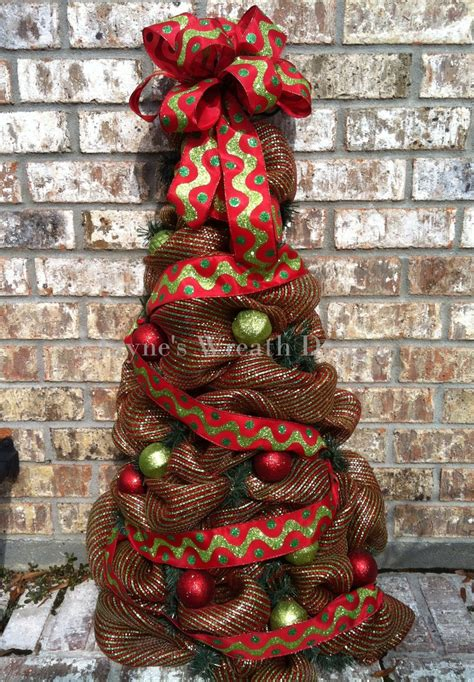 deco mesh tree holiday christmas pinterest wreaths