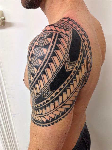 polynesian shoulder tattoo polynesian shoulder higgins