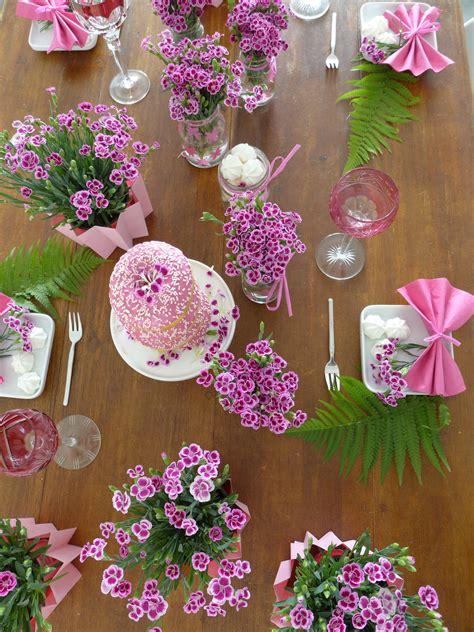 Blumen Tischdeko by Blumen Archive Sophiagaleria