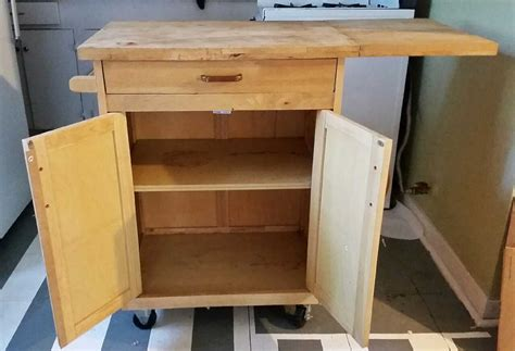 kitchen island with cutting board top letgo cutting board top kitchen island o in houston tx