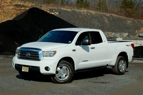 hayes car manuals 2004 toyota tundra on board diagnostic system service manual 10 most popular tundra accessories toyota tundra 2014 accessories autos post