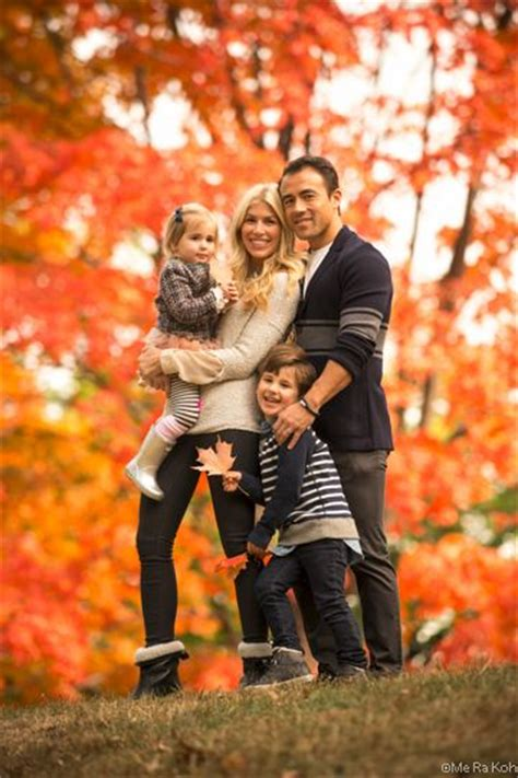 7 Fall Photo Poses by 1000 Ideas About Fall Family Photos On Family