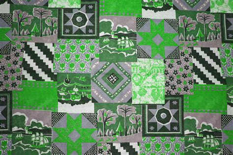 Green Quilt Green Patchwork Quilt Fabric Texture Picture Free