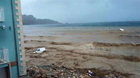 meteo giardini naxos oggi alluvione in sicilia nubifragi su taormina e giardini