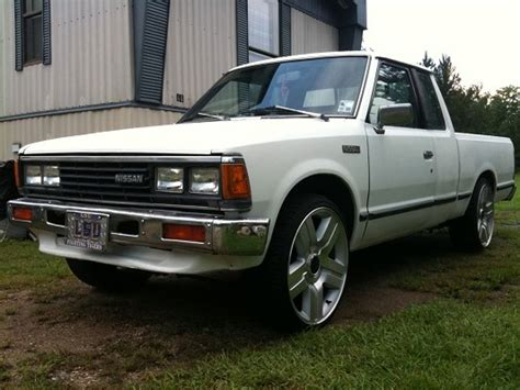 85 nissan truck 1985 nissan 720 3 500 possible trade 100319852