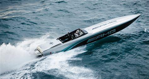 cigarette boat rides cigarette s smokin summer rides boats