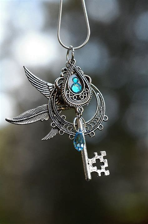 wind chaser key necklace