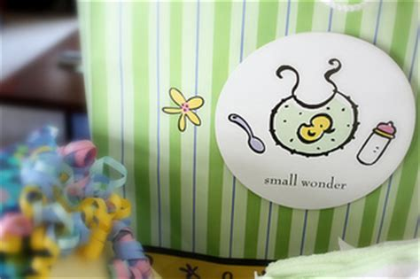 baby shower favor etiquette baby shower gift etiquette